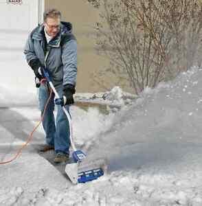 Snow Joe Plus 12-inch 7.5-amp Electric Snow Thrower Blower