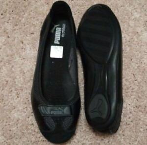 Used puma slippers