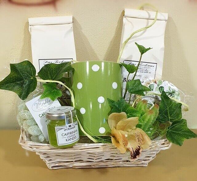 """kleiner Präsentkorb """"Caipirinha"""" mit Tee und anderen Köstlichkeiten"""