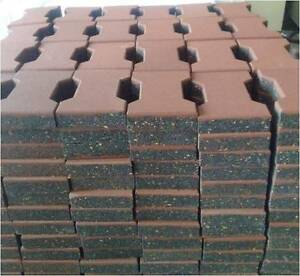 INTERLOCKING HIGH QUALITY EPDM SURFACE HORSE RUBBER PAVERS Redland Bay Redland Area Preview