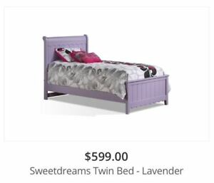 Lavendar bed set