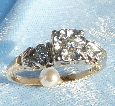 Vintage 14K Yellow Gold Engagement Ring W/ 3 Diamonds, size 7