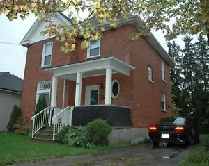 39 Railway Ave, Stratford 3 bedroom and 2 baths / renovated