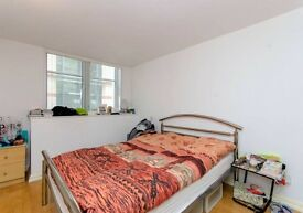 1 and half bedrooms flat to rent