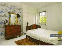 1 bedroom flat in Bromar Road, London, SE5 (1 bed) (#1045081)