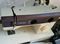 Sewing machine a coudre Singer 5528
