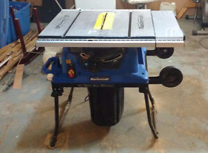 New Mastercraft Ten inch  table saw w/ dust collector