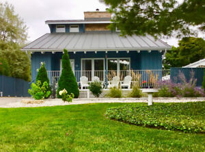 Exceptional Southampton Cottage - Steps to Beach & Sunsets!