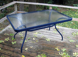 Tempered glass outdoor patio table