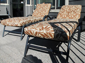 (2)  CHAISE  LOUNGER  CHAIRS  w/ BRAND NEW CHAIR PADS