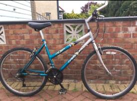 "Professional unisex mountain Hybrid bike. 18"" frame. 26"" wheels. Works"