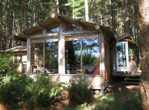 Summer cabin for rent on beautiful Savary Island BC