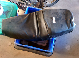 XS650 Factory Seat