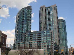 Spacious modern 1 bed with parking, Toronto Downtown Waterfront