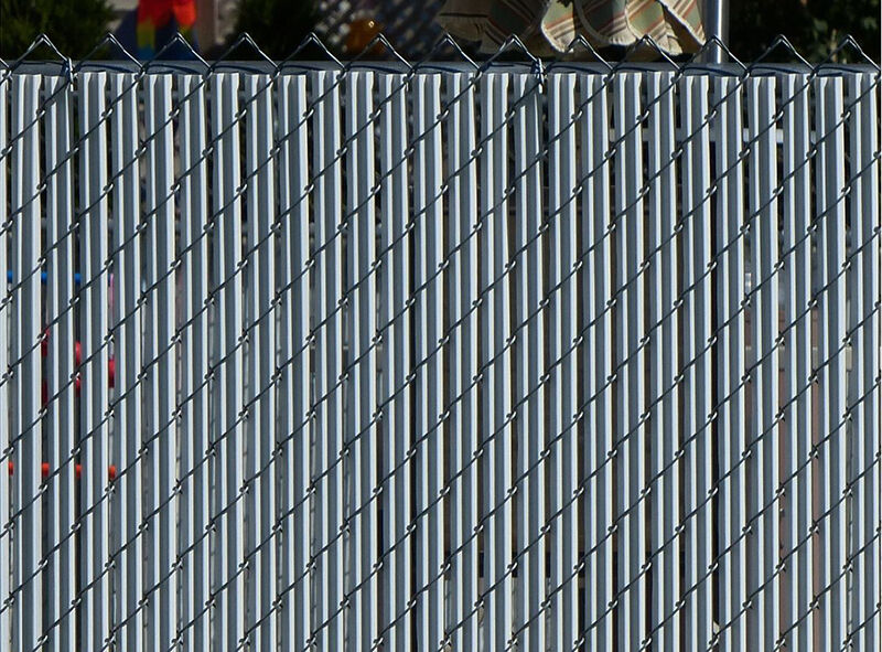 how to add privacy to a chainlink fence - Chain Link Fence Slats