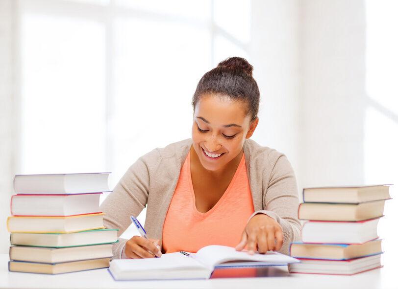 Einmal quer: effektive Methoden, um schnell die Fachliteratur für das Studium zu lesen