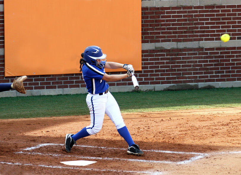 How To Choose The Right Softball Bat For You