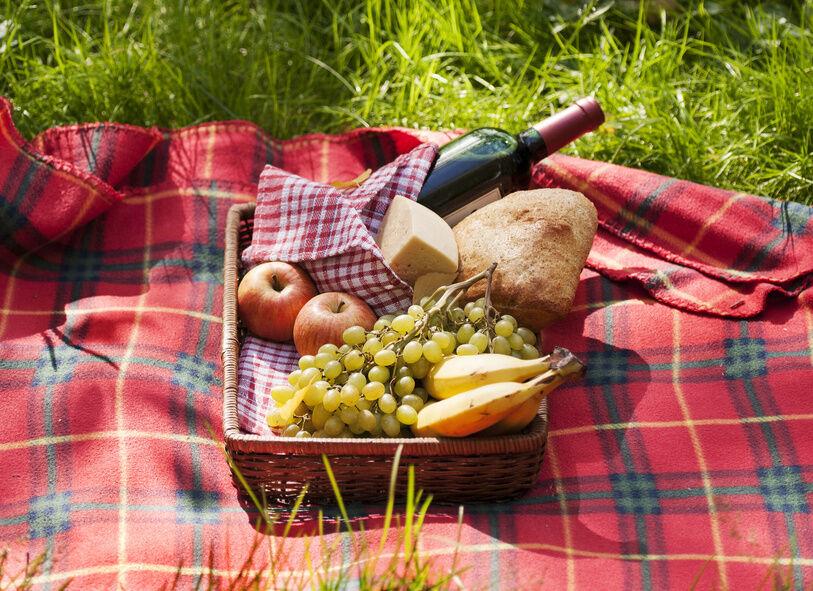 Picnic Basket Food : How to buy a picnic basket