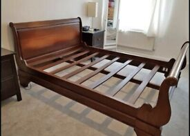 Solid oak double size bed frame great condition, all original parts