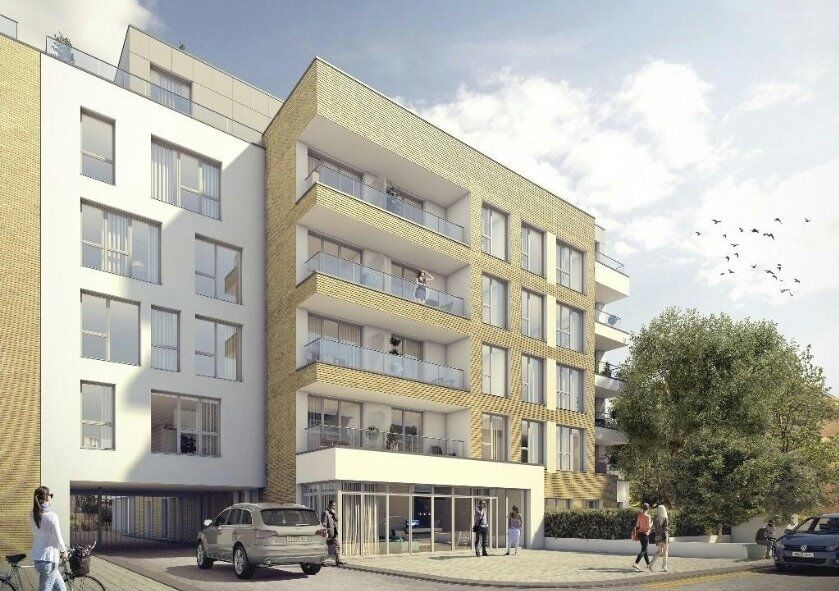 # Beautiful brand new 2 bed 2 bath available now in Hammersmith - call now!!!