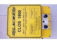 Horse/cattle electric fence unit