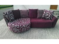 Pillow back lounger sofa - Excellent condition