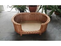 Prestige wicker pet basket (medium) with removable dark brown cushion