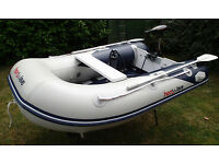 HonWave inflatable boat and electric outboard - ideal for fishing for just fun on the water