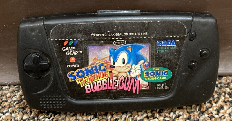 Sonic the Hedgehog 1994 Bubblegum & Trading Cards in Game Gear Case NEW & SEALED