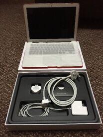 Apple MacBook Air 13 inch, Early 2015 Model, 1.6 GHz Intel Core i5, 4 GB RAM