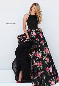Size 2, Sherri Hill prom dress with POCKETS!