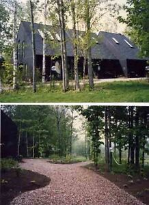 Chelsea/Aylmer country estate on 20 acres