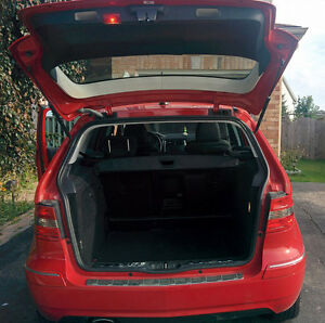 2010 Mercedes-Benz B-Class B200 with Sun roof, Private seller Cambridge Kitchener Area image 4