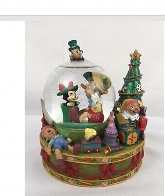 """DISNEY """"Have Yourself A Merry Little Christmas"""" Pinocchio Figaro Snow Globe"""