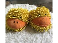 DUCK SLIPPERS - NEW