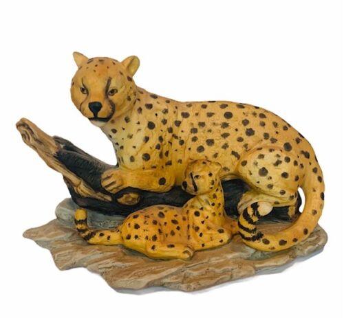 Cheetah Leopard figurine porcelain wild cat sculpture spotted vtg gift decor