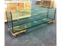 Large glass aquarium for sale - hardly used