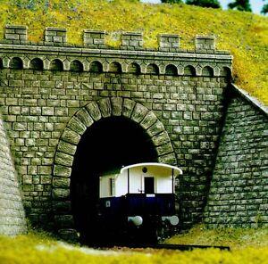 Busch H0 7022 Tunnelportal eingleisig+ Mauern Neu OVP -