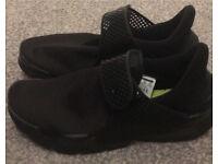 Ladies Nike sock dart