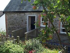 One bedroom self-contained flat, central Wadebridge, North Cornwall