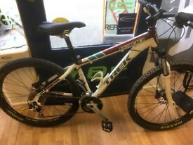 Trek 6300 small 16inch frame, new deore brakes hydraulic front and rear, bontrager bars