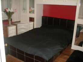 Great Spacious master double bedroom: Don't miss out!