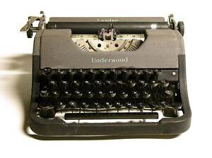 Machine a écrire Vintage Underwood Leader 1940's Typewriter