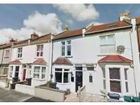 Stunning 3/4 bedroom house, just off North Street, perfect for 3/4 professional sharers.