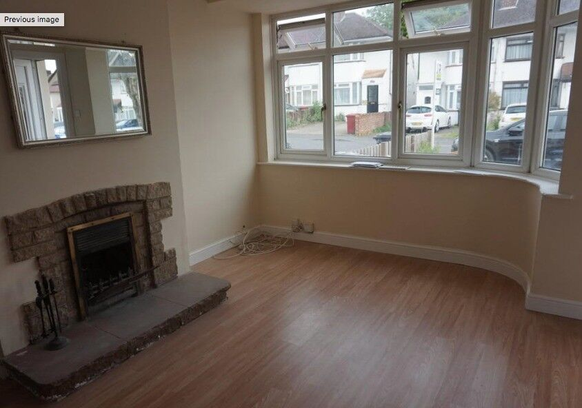 3 bedroom terraced house to rent Bower Way, Slough