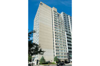 Jr. 1 Bdrm available at 1350 Du Fort street, Montreal
