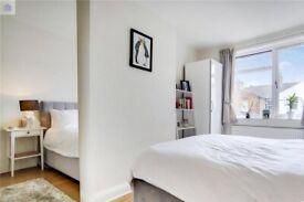 One Double Bedroom Ground Floor Flat with Garden