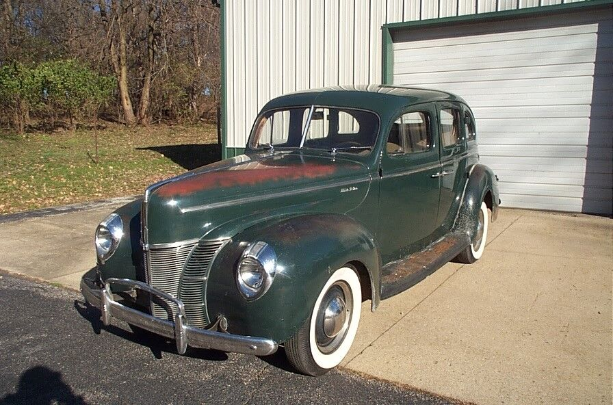 1940 Ford 4.DR SEDAN  FORD 1940 FORD DELUXE NO RESERVE