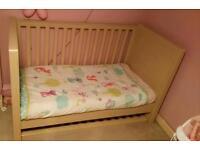 Kub Cot bed