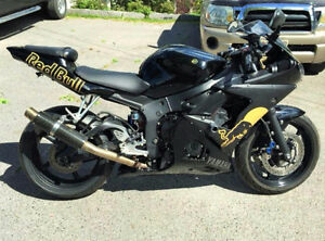 2003 Yamaha R6 - Red Bull Edition (Low Kilometers)